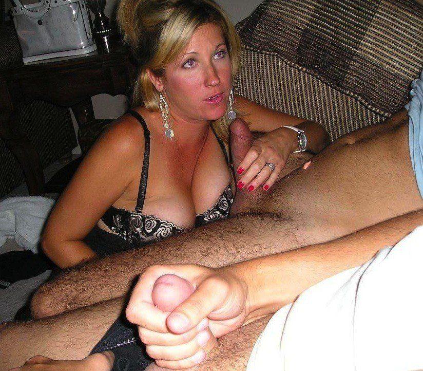 Field G. reccomend My friends wife in bikini amateur