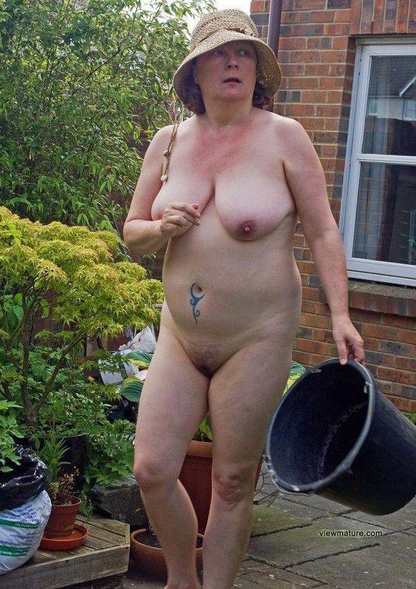 Godzilla reccomend Mature housewives naked