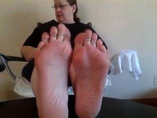 Oily bbw soles