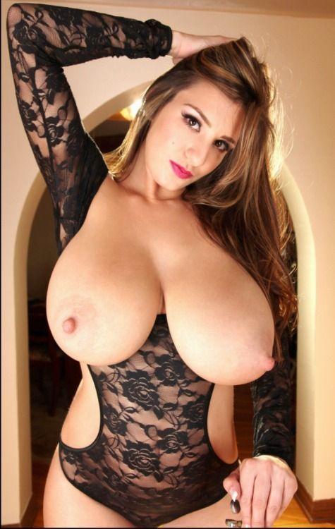 Huge tits natural
