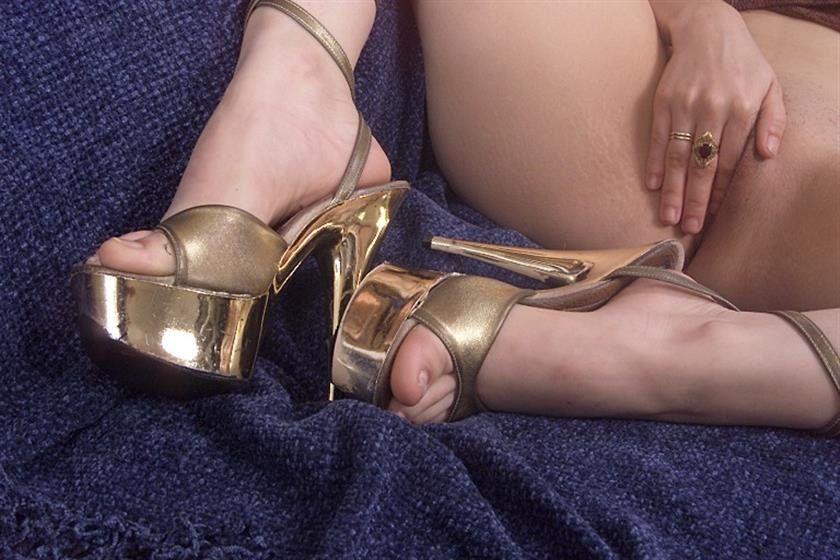 Foot heels