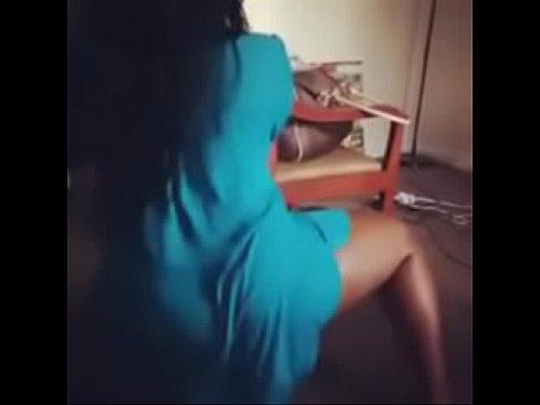 Astro reccomend twerk tight dress