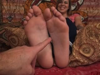 best of Feet bed tickle