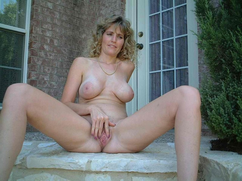 Hummer recommendet mature Amature sexy wife nude mother