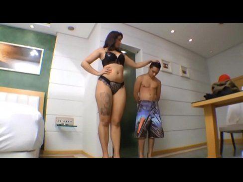 Skinny girl dominates man