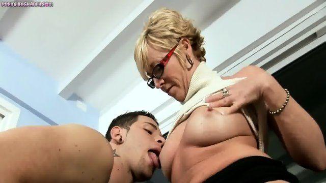 Dottie reccomend licking grandmas pussy