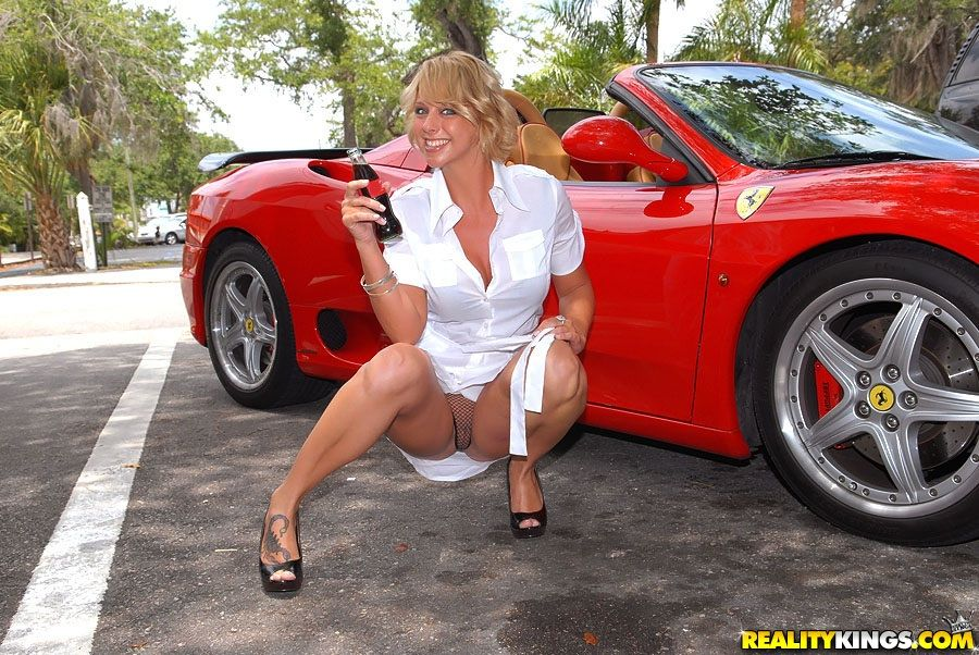 Red S. reccomend Porno girls and racing cars