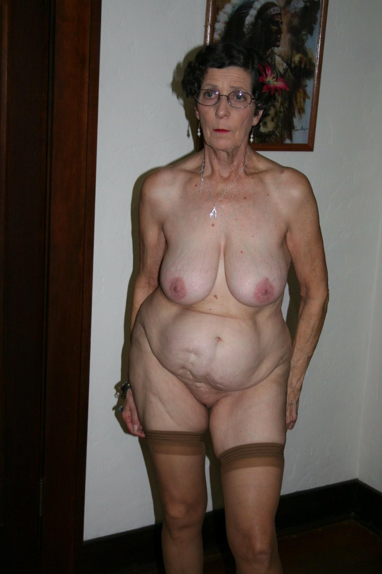 Rookie reccomend naked amateur curvy grannies