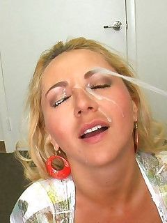 Small ass woman lick cock load cumm on face