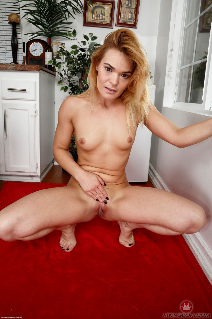 Mooch recomended Gallery mature spanking
