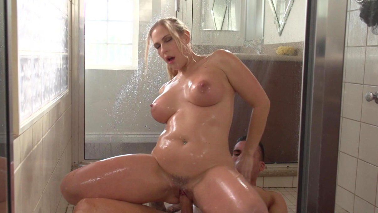 Milf gets fucked in shower