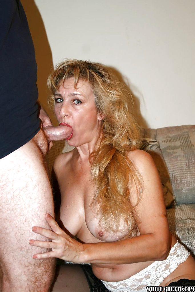 Parallax reccomend Mature mom whores ass