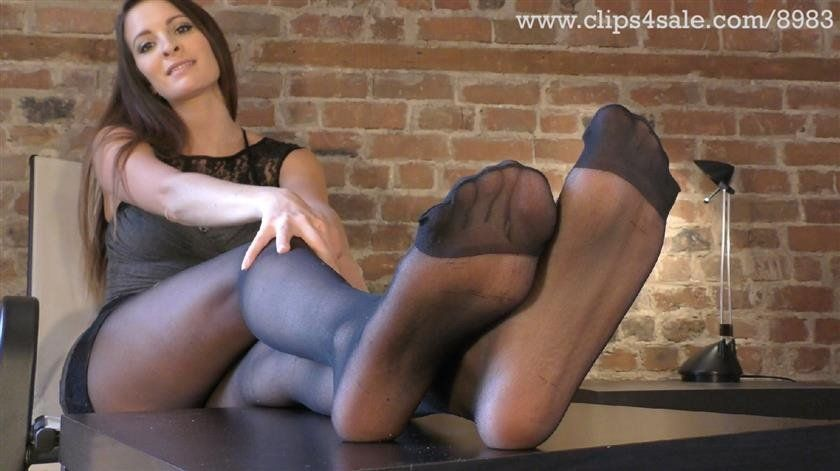 Black I. reccomend hose feet