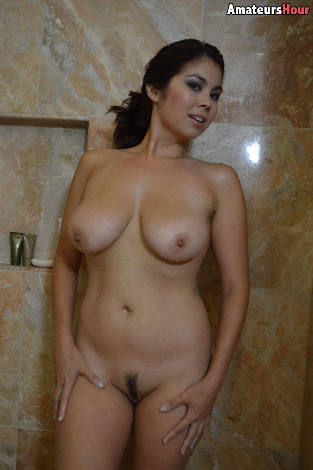 Busty shower blowjob