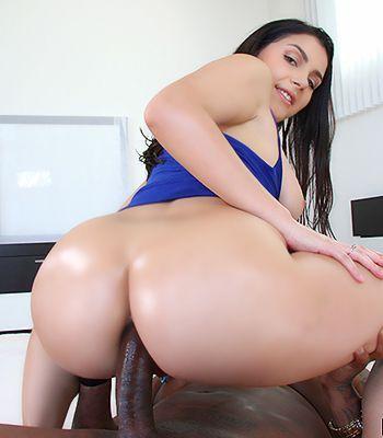 Bikini white lick penis and anal