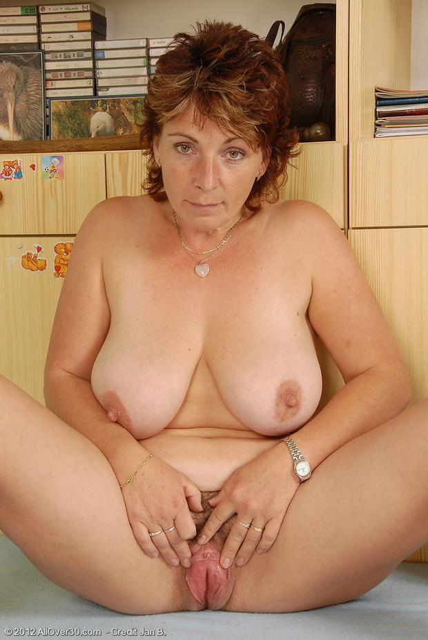 Hairy mature huge tits