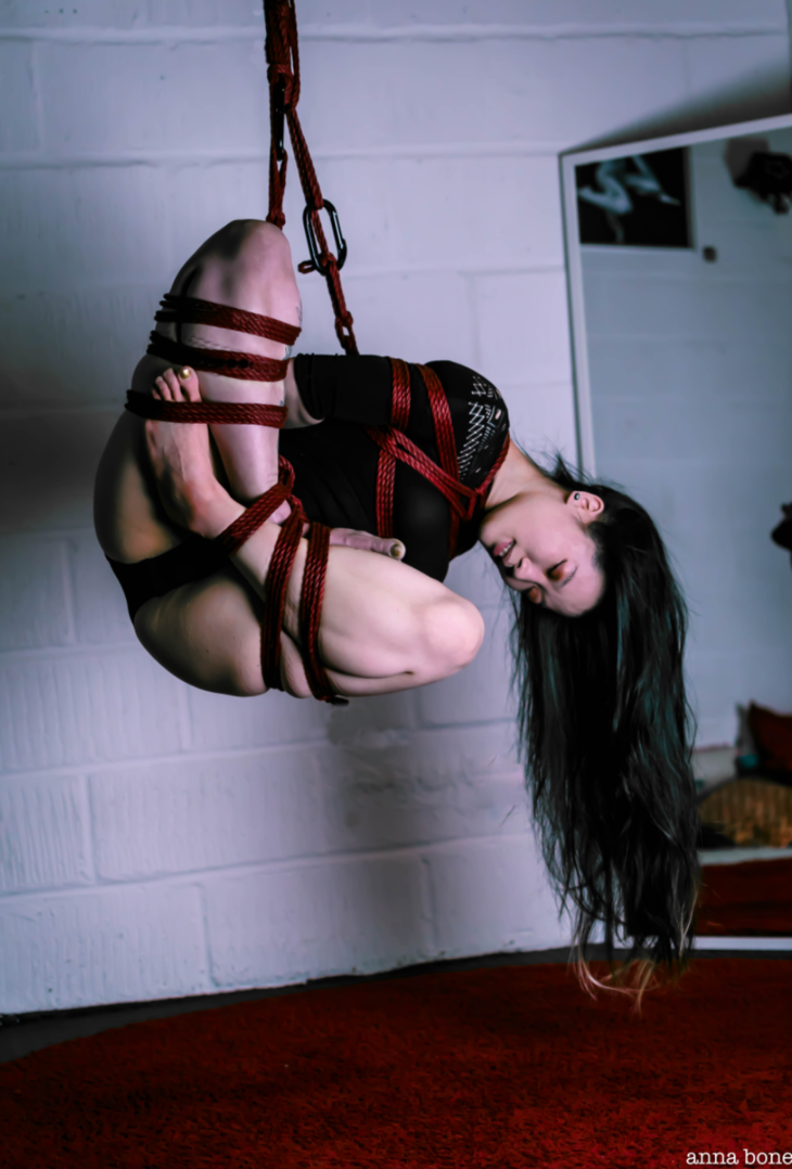Scarlet reccomend Erotic rope bondage and learning the knots