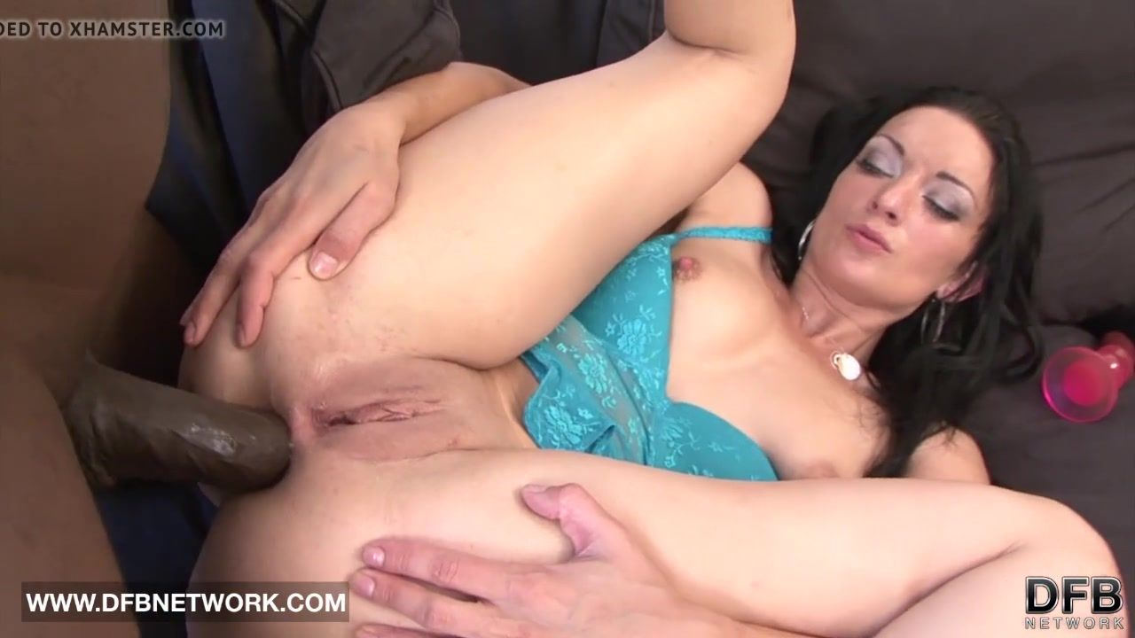 Susie Q. recommendet Big dicked black shemales