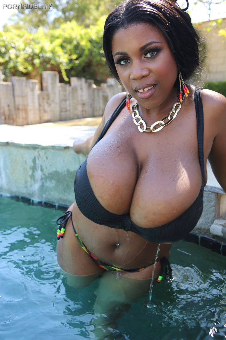 Polar reccomend black female natural naked big breast picture