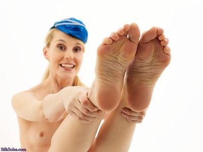Frost reccomend feet ariel anderssen