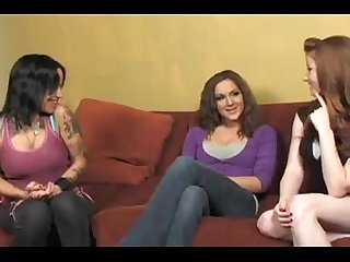 Giggles reccomend lesbian amateur straight