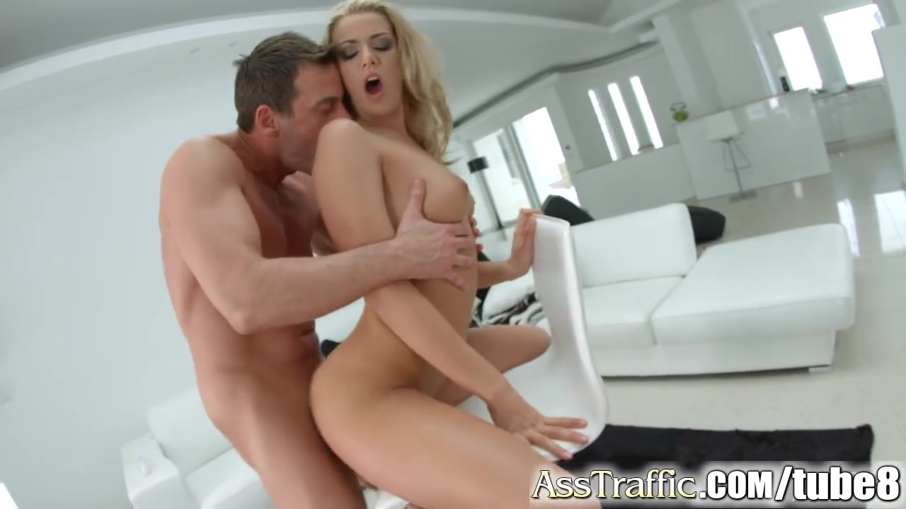 Young Amateur Babe Gets Her Ass Fucked After Passionate Sex - NoFaceGirl.