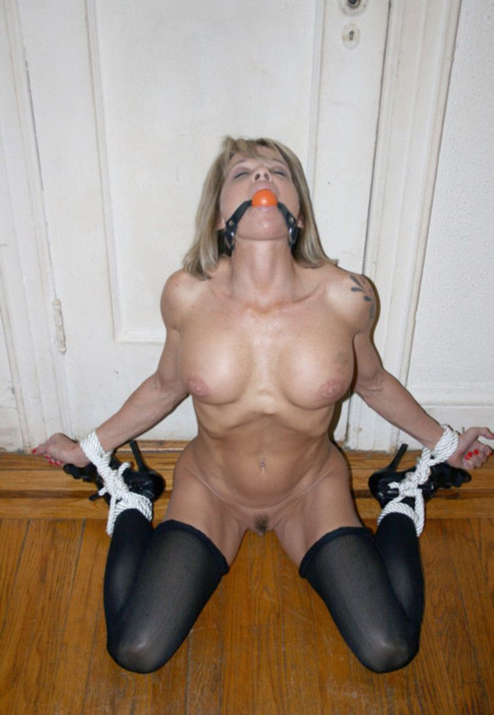 Good в. P. recommendet gagged milf Tied