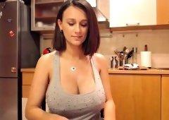 Big natural tits nipple play