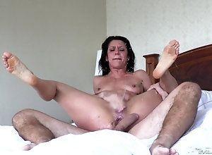 Mom orgasm fuck