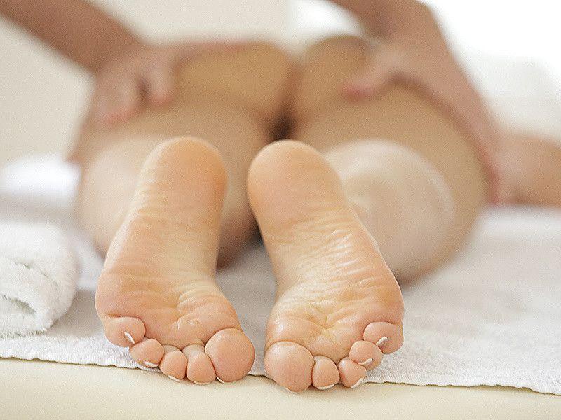 Oiled foot job