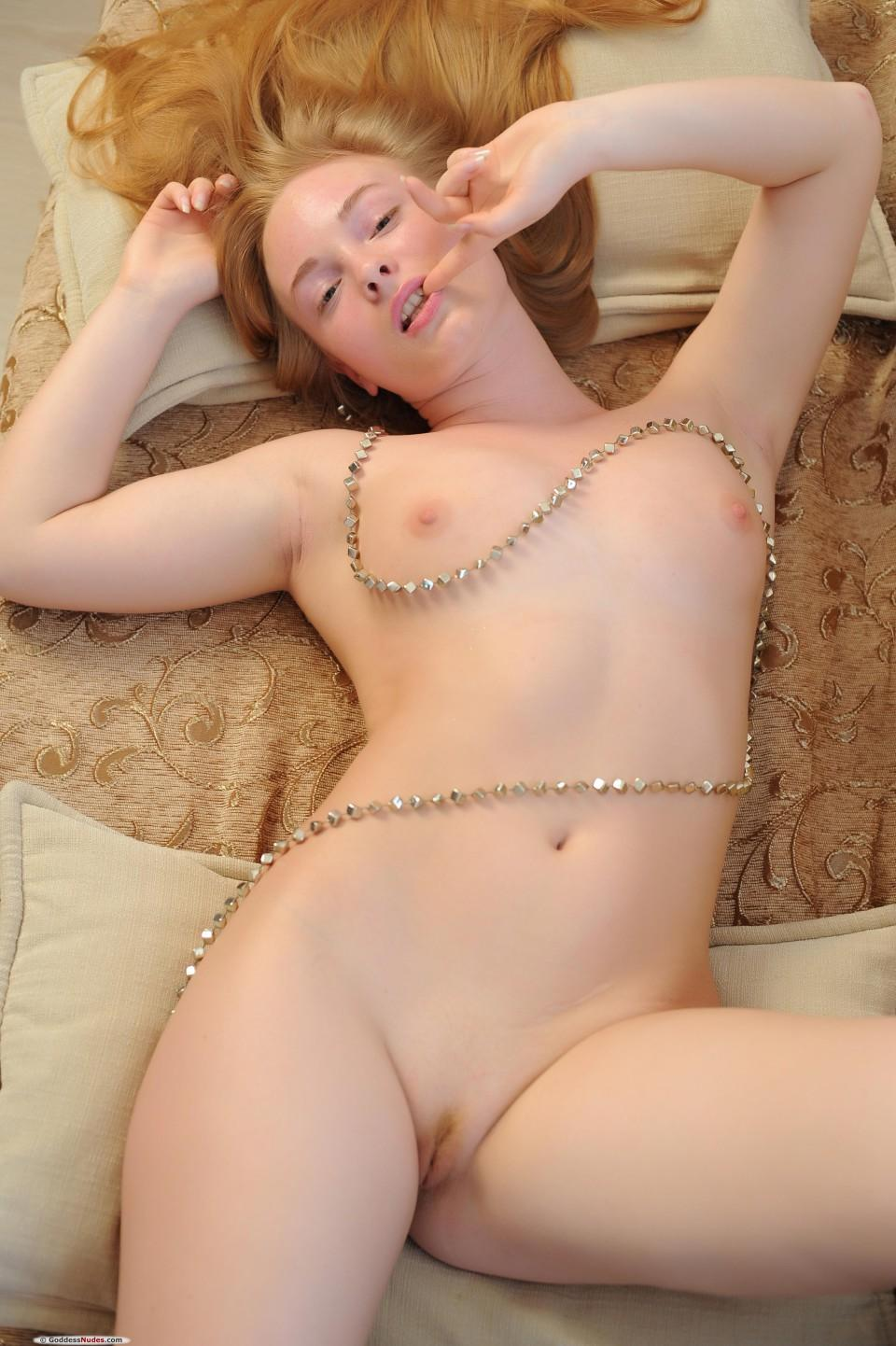 London reccomend Pretty amature redheads topless