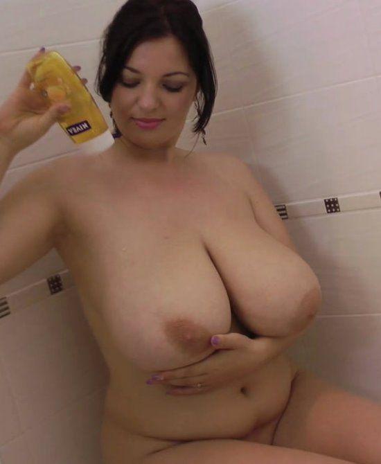 Voluptuous shower