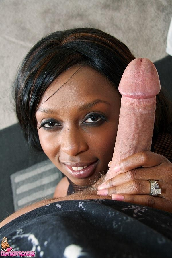 Ebony pov blowjob white dick