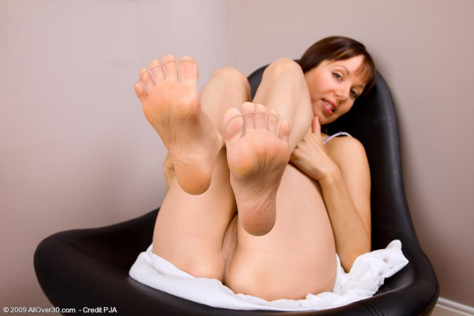 Girls spreading toes