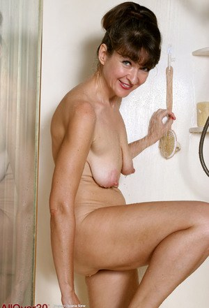 best of Pussy pictures granny shave shower