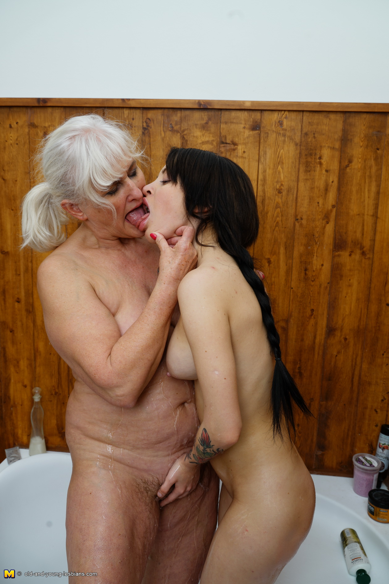 Grey haired milf porn