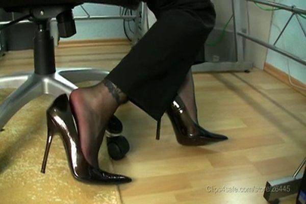 Diesel reccomend high heels cumshot