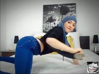 Buster reccomend hijab muna
