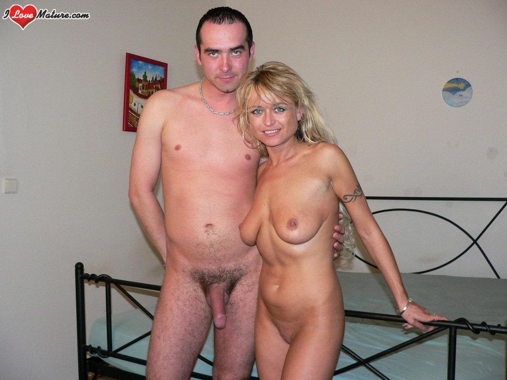Mature Women Nudes