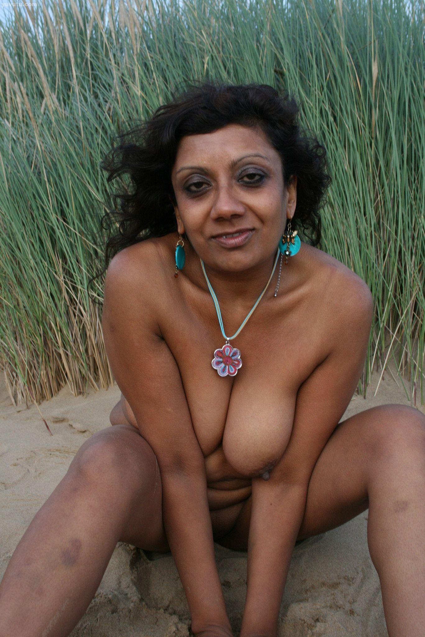 Naked samba