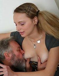 Miss G. reccomend Porno girls licks in movement