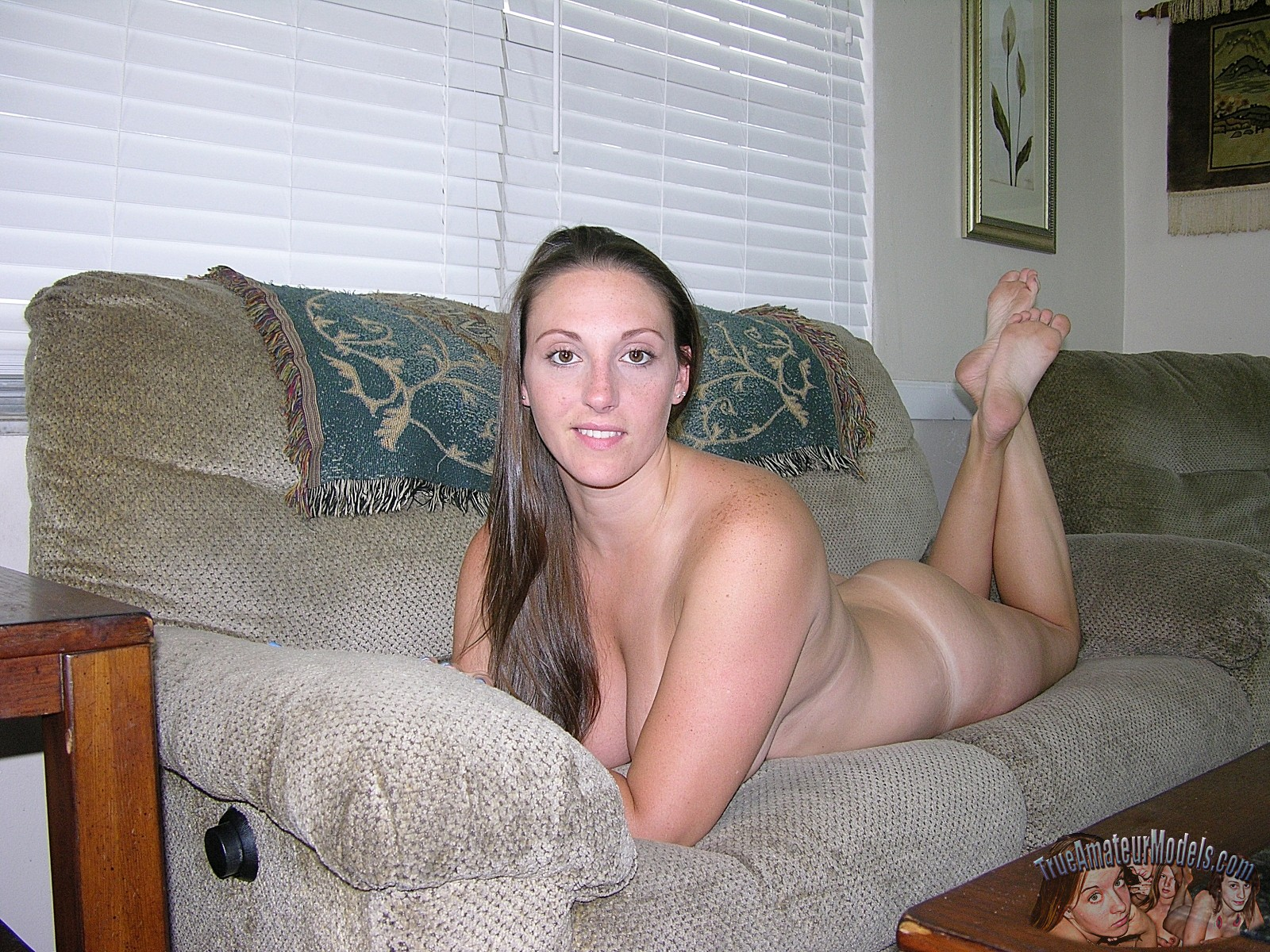 Thick amature nude model