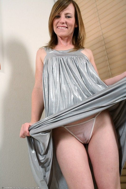 best of Milf sex Up skirt pics