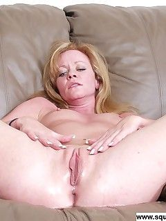 Snow C. reccomend women squirting face
